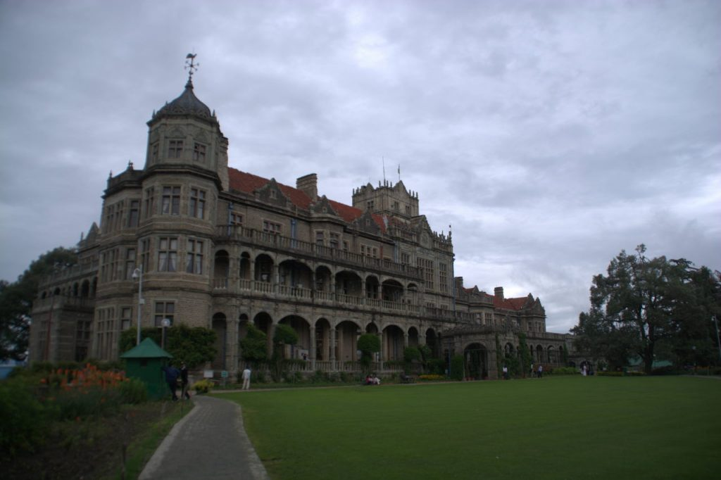 The Viceregal Lodge at Shimla was the venue of the 1945 round table conference.